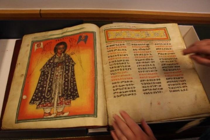 """Eine Handschrift aus Maqdala in der Sammlung der """"British Library"""" (Bild: James Jeffrey/IPS)"""