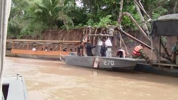 Peruvian Navy personnel in operation against illegal mining in Madre de Dios. Credit:Marina de Guerra de Perú