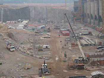 Santo Antonio hydroelectric plant construction site in October 2010.  - Mario Osava/IPS